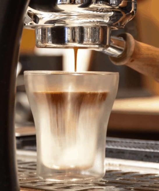 Bekse specialty coffee - Empowering women in Rwanda